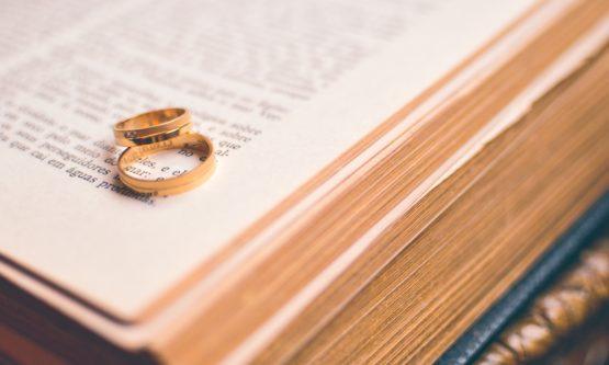 Jak zorganizować wesele. Książki dla konsulatantów ślubnych