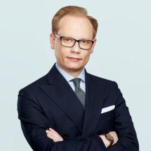 Trener Bartłomiej Serafinowicz prawo w eventach EMTG